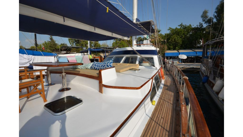 sailing yacht for sale (2)