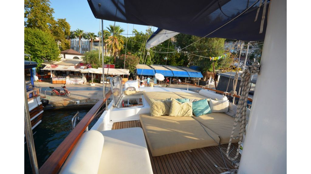 sailing yacht for sale (21)