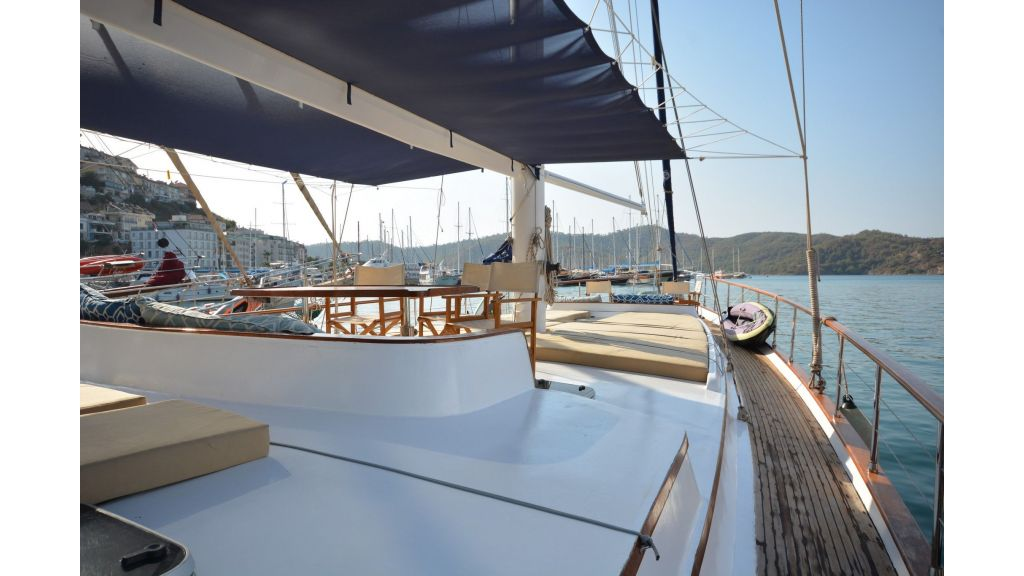 sailing yacht for sale (24)