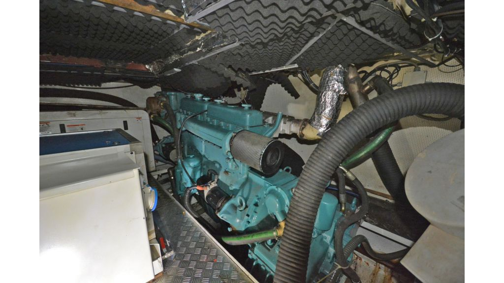 sailing yacht for sale engine (1)