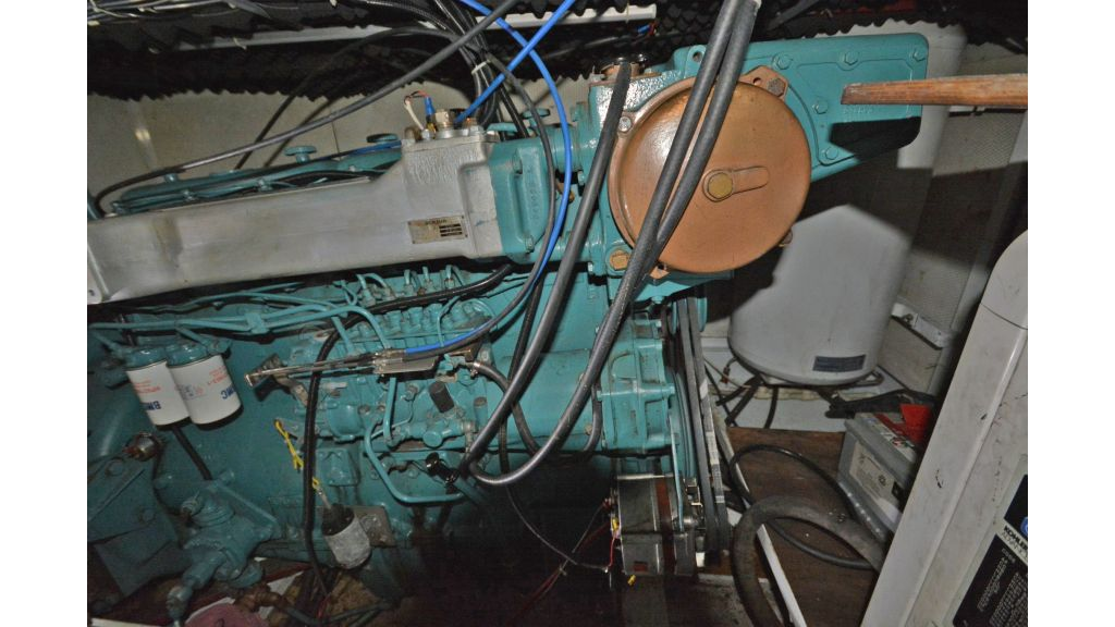 sailing yacht for sale engine (4)