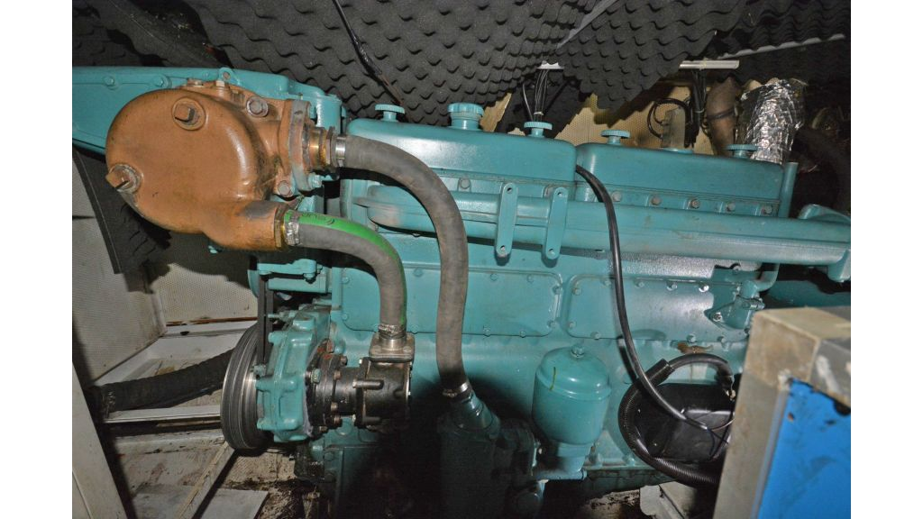 sailing yacht for sale engine (5)