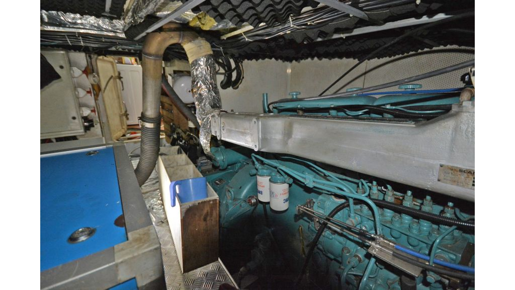sailing yacht for sale engine (7)