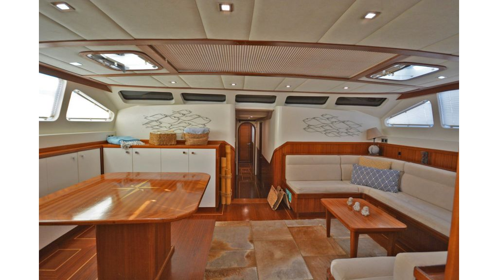 sailing yacht for sale saloon (2)